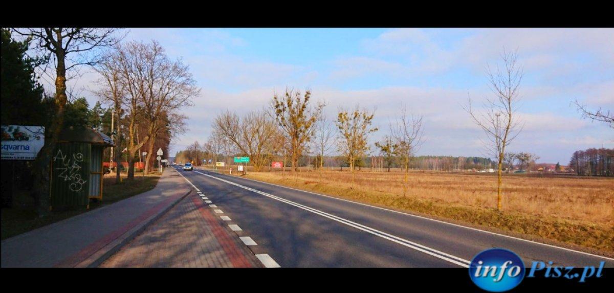 Działka na Mazurach przy drodze krajowej