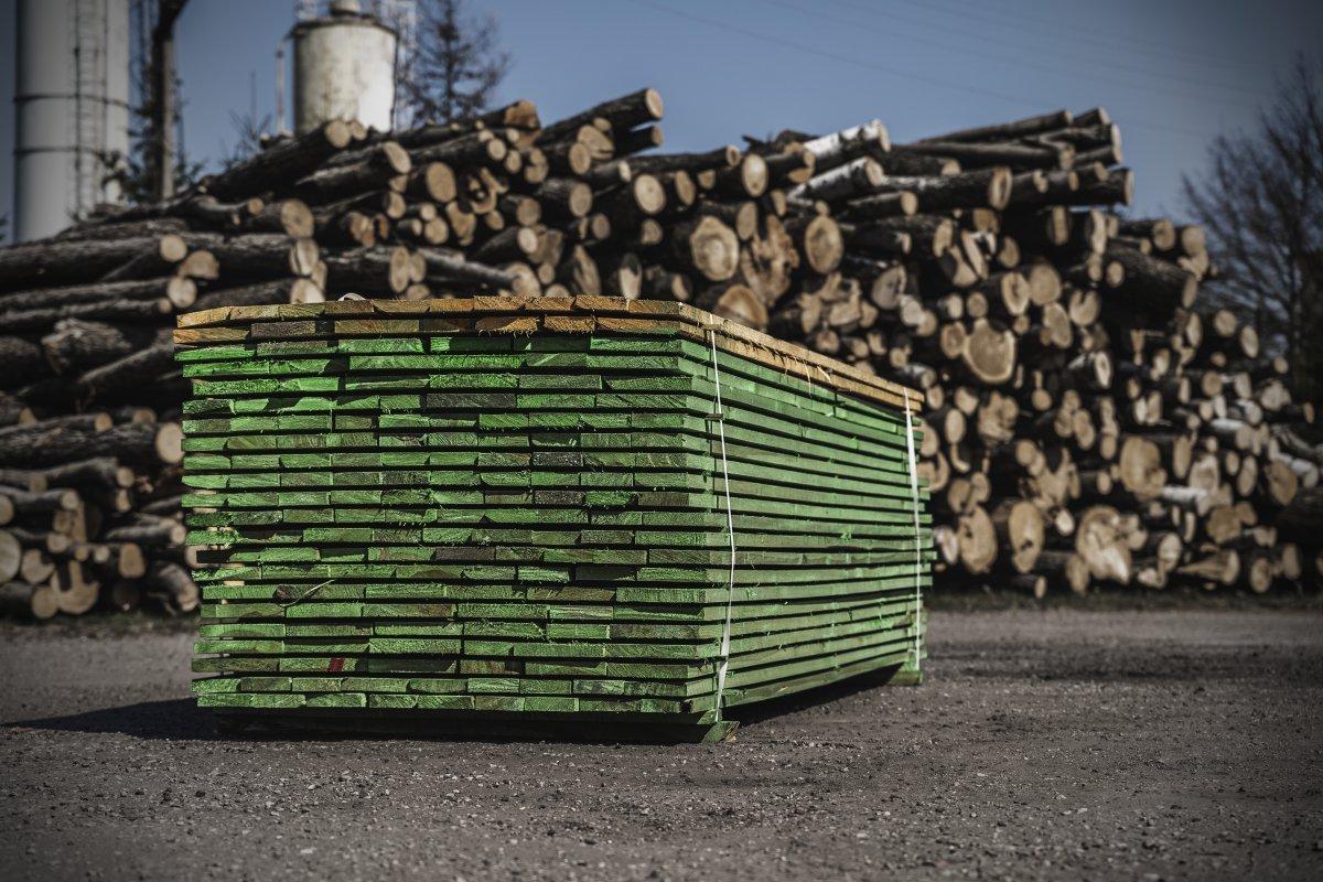 Skład drewna budowlanego i opału