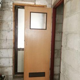 Sprzedam drzwi łazienkowe